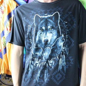 Wolves & Native Dream Catcher Indigenous T-Shirt